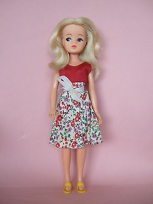 HTF Lovely Vintage Sindy doll 1960's with original outfit and shoes