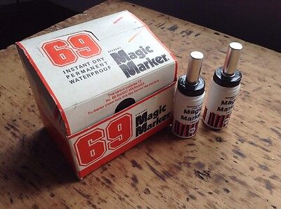Pair Of Vintage Magic Markers Liner Pens Studio Line With Box