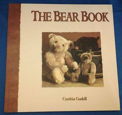 The Bear Book by Cynthia Gaskill a Theriault Catalogue 2000 Excellent Condition