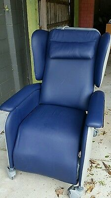 Fresenius Shoalhaven Aircell Powered chair Nearly New RRP $3500