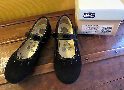 Superbes chaussures filles noires Chicco P33 TBE
