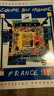 1998 World programme - Coupe du Monde France 98. Signed by Bobby Charlton