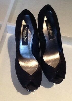 new look shoes size 5 (38) black shiney!!!!!  high heels