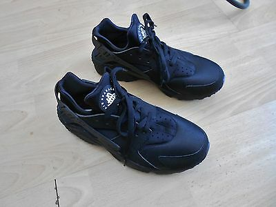 Nike Air Huarache  Trainers Uk Size 8 - Worn Only A Couple Of Times