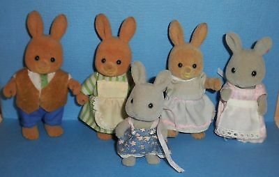 Vtg.1980's SYLVANIAN FAMILY MAPLE TOWN Epoch RABBITS Bunnies Lot of 5