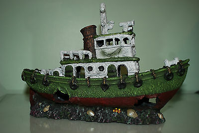 Stunning Aquarium Green & White Detailed Tug Boat Decoration 30.5 x 12 x 20 cms