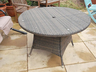 Rattan - Weave Garden Table   ~  Patio Furniture