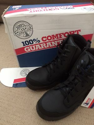 BNWT Steel Blue Safety Boots - size 10.5 ( Euro 45.5)