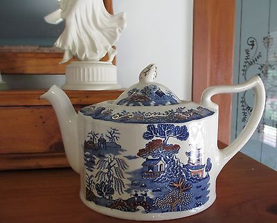 "Vintage ~ MASON'S IRONSTONE ""Gold Willow"" Teapot ~ Blue ~  Made in England"