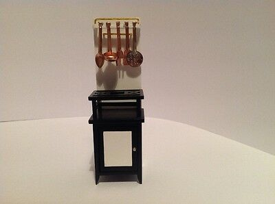 12th Scale Dolls House Emporium 5080 Nostalgic Gas Cooker in the 20s/30s style