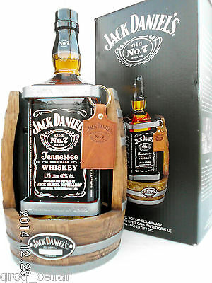 Jack Daniels 1.75L Timber Cradle 2014 Complete With Bottle/Boxed -RARE!!!!!!!