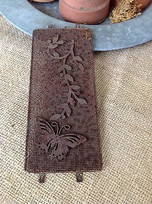 Shabby Antique Vintage Wire Mesh Panel Butterfly Vine Cottage Garden Rusty Chic