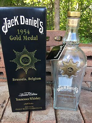 JACK Daniels Discontinued 1954 Gold Medal Gift Carton, Bottle And Tag