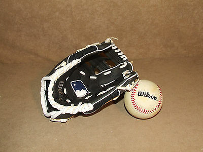 Wilson Catchers Mitt And Baseball Very Good Condition Child Size