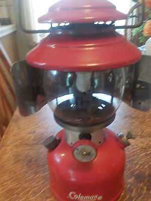 Nice Coleman Single Mantle Model 200A Lantern 9/64 With Reflecter