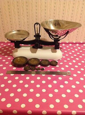 Avery Vintage Scales Made In England,with Original Brass Weights
