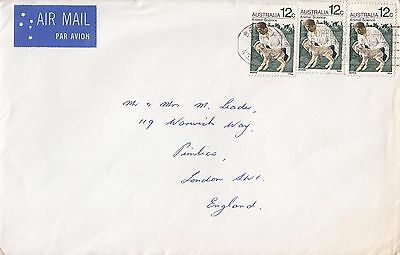 K 601 Australia 3 X 12c Animal Science stamps overpaying? rate 1971 air cover