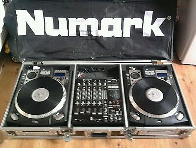 Numark cd decks CDX