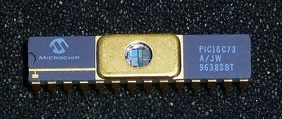 """IC - 2 x PIC16C73 A/JW by Microchip, UVEPROM, 28pin, 0.3"""" CerDIP"""
