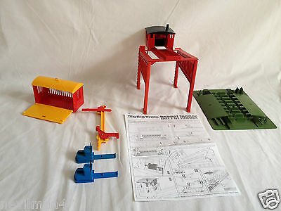 TRIANG Novo Big Big Train Barrel Loader, boomerang switches, signal O Gauge
