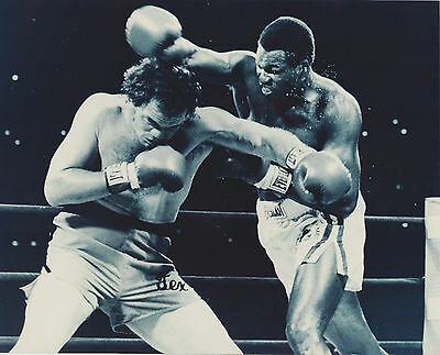 RANDALL TEX COBB vs LARRY HOLMES 8X10 PHOTO BOXING PICTURE
