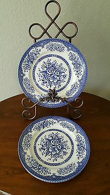 Wood and Sons Dinner Plates 4 pieces Mint Condition