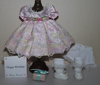 """8"""" Madame Alexander MA Pink Colorful outfit tagged HAPPY BIRTHDAY w/present"""