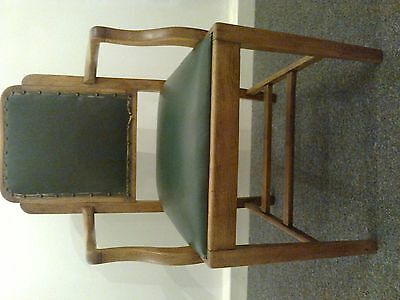 Beautiful vintage oak chair antique