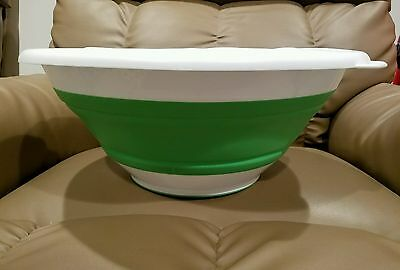 Pampered Chef Collapsible Serving Bowl 8 Qt Item #2792