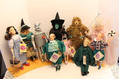 10 total Wizard of Oz Dolls on the Yellow Brick Road. Presents by Hamilton 1990