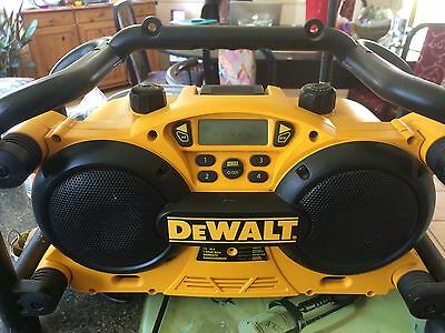 DeWalt Heavy Duty Clock Radio