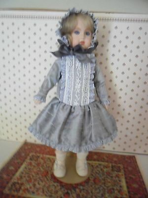 Outfit Seeley Milette Doll 22 cm. body.