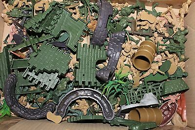 Toy Soldiers & Military scene accessories Job Lot