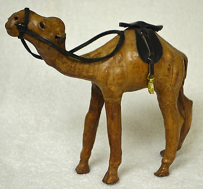 CAMEL Figurine Brown Leather with Saddle