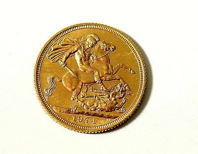 Fine 1974 Elizabeth II 22ct Gold Full Sovereign Coin