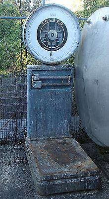 Toledo 1,000Kg Vintage Clockface Industrial scale on wheels Working condition