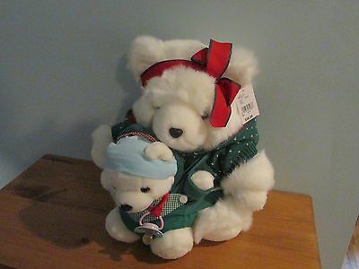 2002 Dayton Hudson Marshall Fields Santa Bear Family Green Sweater (Lot C)