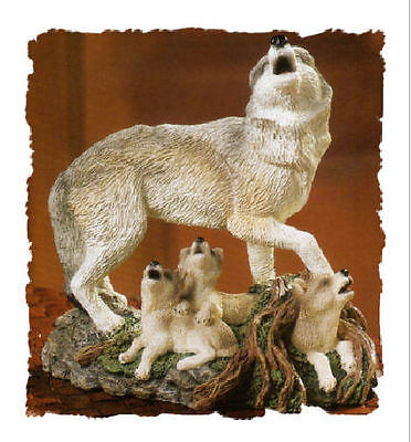 New Howling Wolf with Pups Encore Figurine