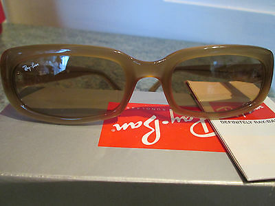 RAY-BAN Sunglasses complete with case and box