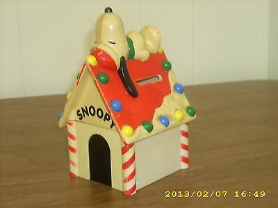 Peanuts Snoopy Woodstock Dog House Bank Whitman's candies Hard Plastic