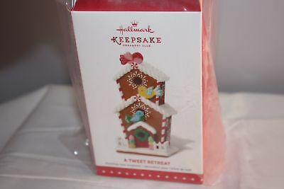 NEW HALLMARK KEEPSAKE ORNAMENT CLUB A TWEET RETREAT Christmas Ornament 2015