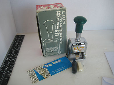 Vtg LION AUTONUMBERING MACHINE SELFINK #C-71 6 WHL 7 MVMT JAPAN BOX INDUSTIAL