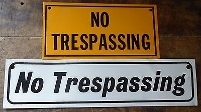 2 Old Vintage Metal No Trespassing Keep Out No Trapping Hunting Fishing Signs