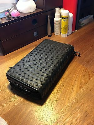 Unisex Travel Wallet Bottega Veneta style intertwined/woven Genuine leather