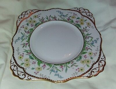 Vintage  Tuscan  1930`s  Pink  With  Floral  Design  Gilt  Edge  Cake Plate