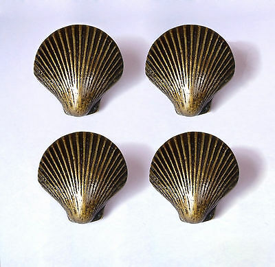 LOT OF 4 PCS ANTIQUE Vintage BRASS CLAMSHELL SHELL Charm Cabinet BRASS Pull KNOB