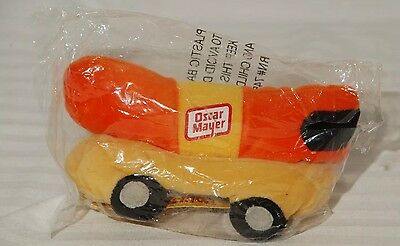 Unopened In Bag Oscar Meyer Weiner Mobile Just Whistle Plush Stuffed Beanie Toy
