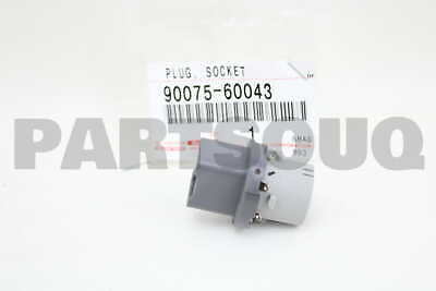 9007560043 Toyota SOCKET & WIRE SUB-ASSY, REAR COMBINATION LAMP, RH/LH