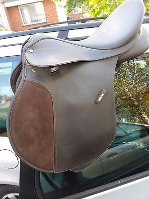 "Wintec Cair 18"" Saddle BROWN with Adjustable Gullet"
