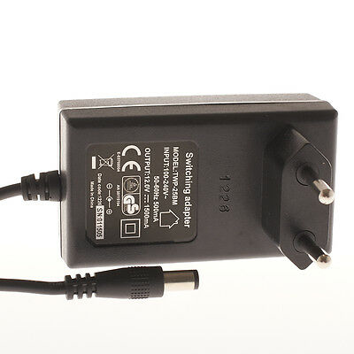 12V 1500mA Netzteil Switching Adapter TWP-25BM 5,5mm x 2,6mm